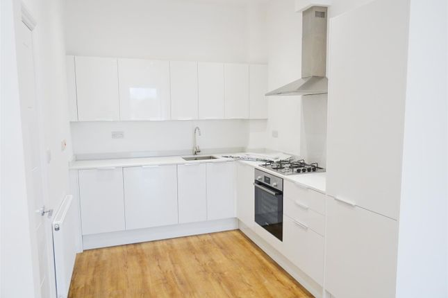 2 bed flat to rent in E1, Liberty, Whitechapel, London