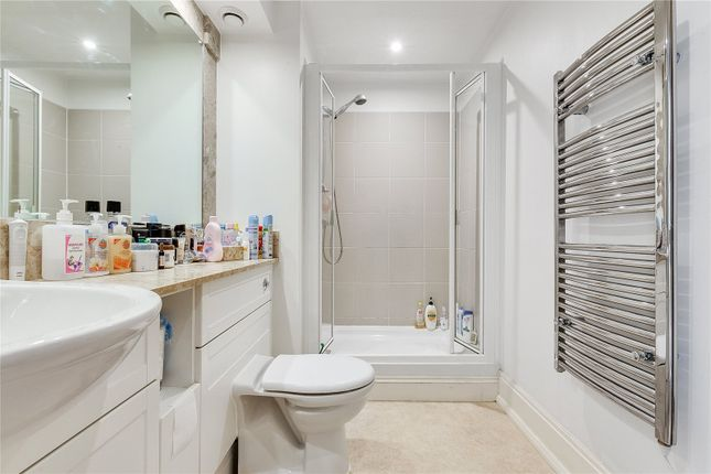 Shower Room of Dorey House, High Street, Brentford, Middlesex TW8