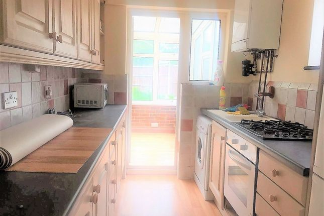 Thumbnail Terraced house to rent in Aragon Road, Ilford