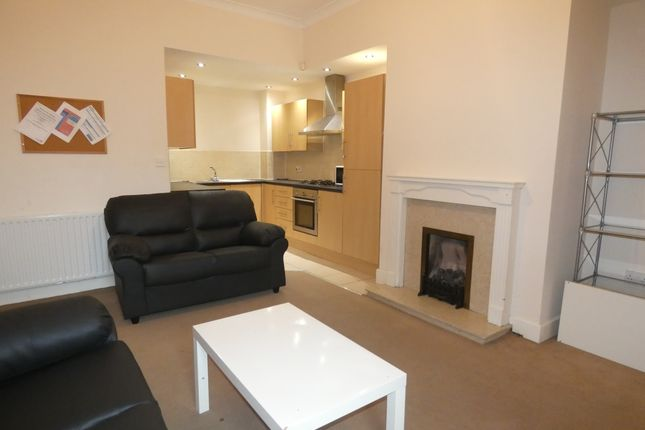 Thumbnail Flat to rent in Hazelwood Avenue, Newcastle Upon Tyne