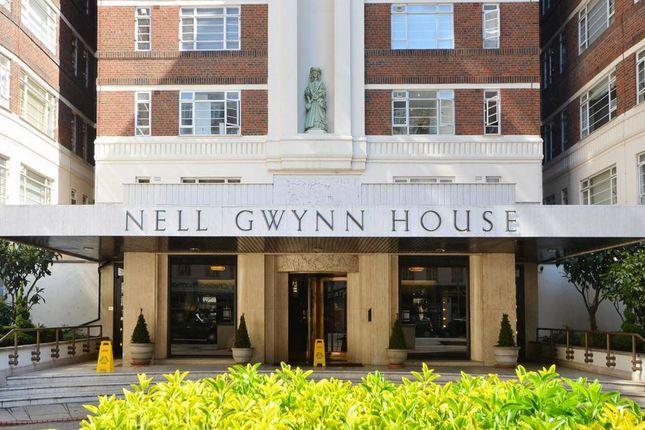 Thumbnail Flat to rent in Nell Gwynn House, Sloane Avenue, London