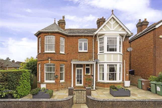 Thumbnail Flat for sale in Oakdale Road, Tunbridge Wells, Kent