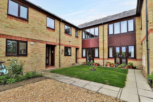 1 bed flat for sale in Boxworth End, Swavesey, Cambridge CB24