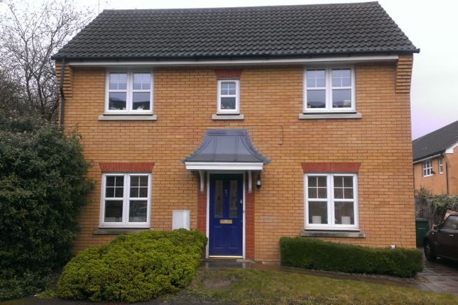 Thumbnail Detached house to rent in Hatherleigh Close, Mill Hill