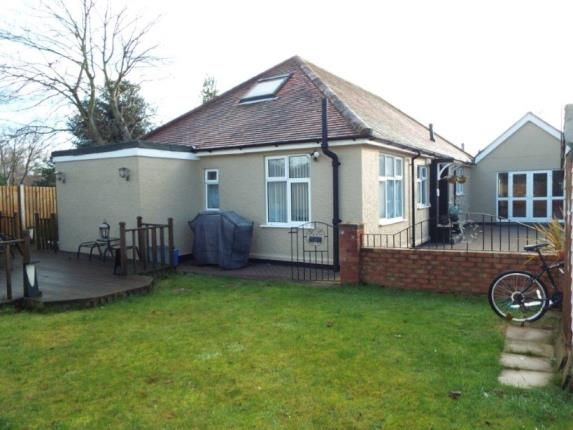 Thumbnail Bungalow for sale in Vista Road, Clacton-On-Sea