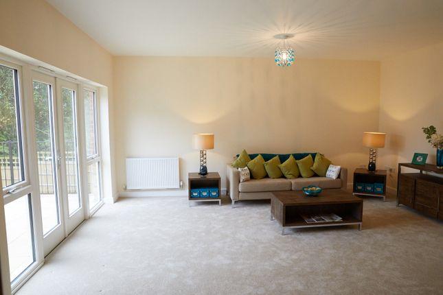 Thumbnail Terraced house for sale in 5 Tolhurst Way, Lenham