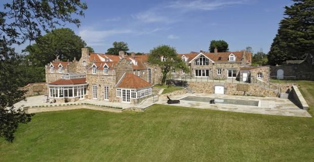 Thumbnail Detached house for sale in Rue Des Vallees, Castel, Guernsey
