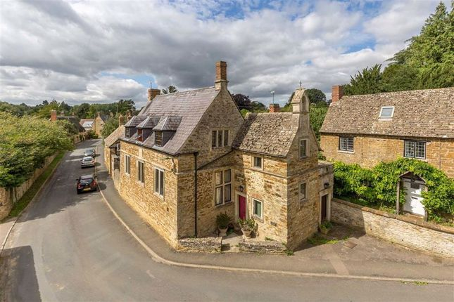 Thumbnail Detached house for sale in North Side, Steeple Aston, Bicester