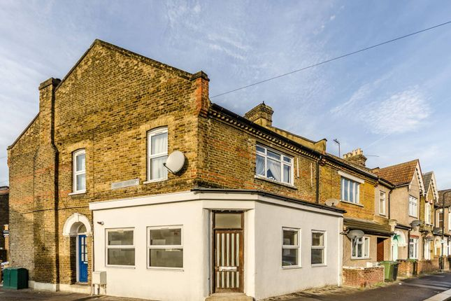 Thumbnail Flat for sale in Station Road, Walthamstow