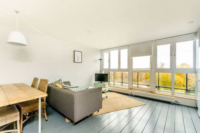 Thumbnail Flat to rent in Oakwood Drive, Crystal Palace