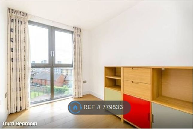 Bed 3 of Dower Court, London SE16
