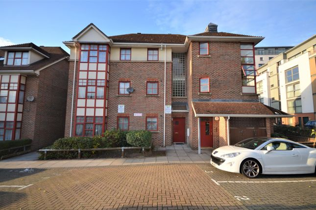 Thumbnail Flat for sale in Union Road, Wembley, Middlesex