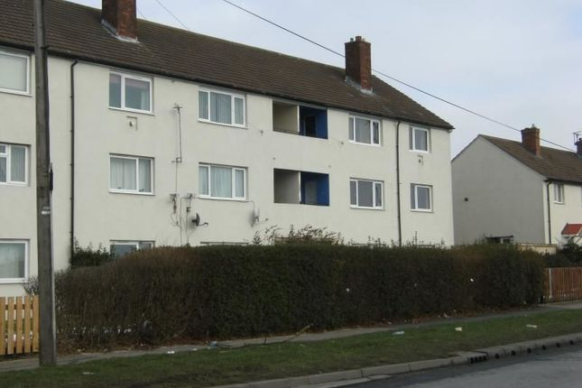 Thumbnail Flat to rent in Swardale Road, Leeds
