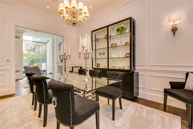 Dining Room of Chepstow Road, London W2