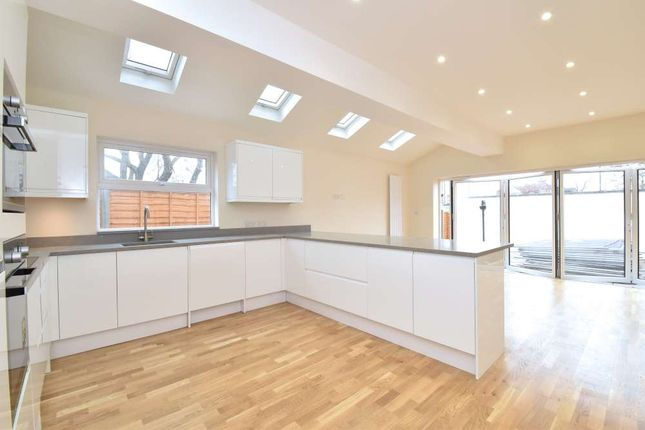 Thumbnail Property to rent in Duncombe Hill, London