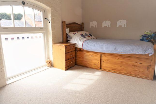 Bedroom Three of Daleacre Court, Lockington DE74