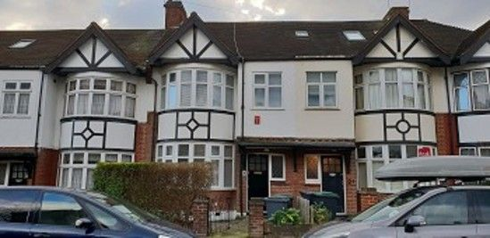 Thumbnail Property to rent in Crescent Rise, London