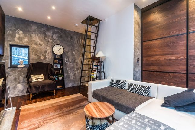 Bedroom Area of Tipton Road, Tipton, West Midlands DY4