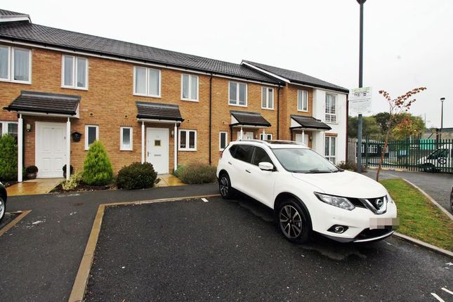 Thumbnail Terraced house to rent in Summer Drive, West Drayton