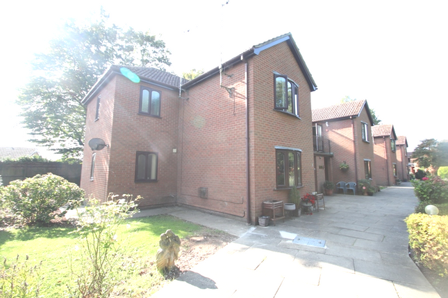 Thumbnail Flat for sale in 1 Willow Court, Park Place, Boston, Lincolnshire