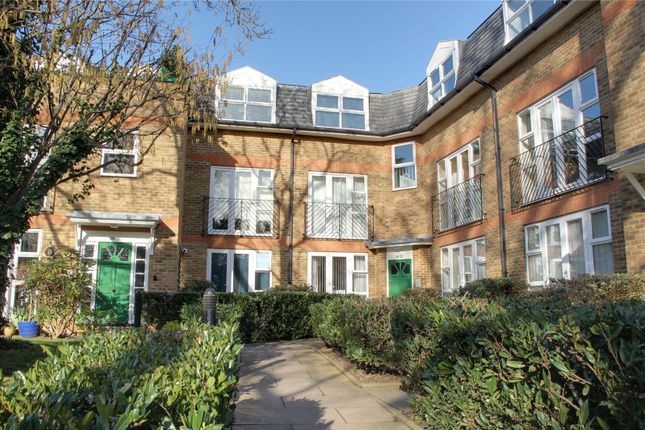 Thumbnail Property for sale in Foxwood Green Close, Enfield