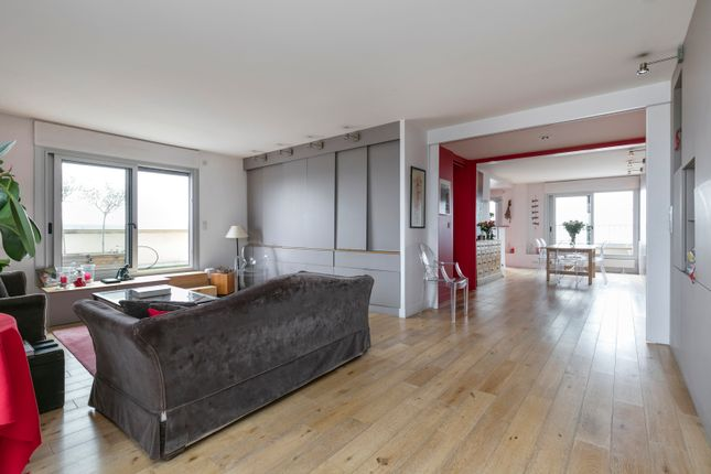 4 bed apartment for sale in Boulogne-Billancourt, Paris, France
