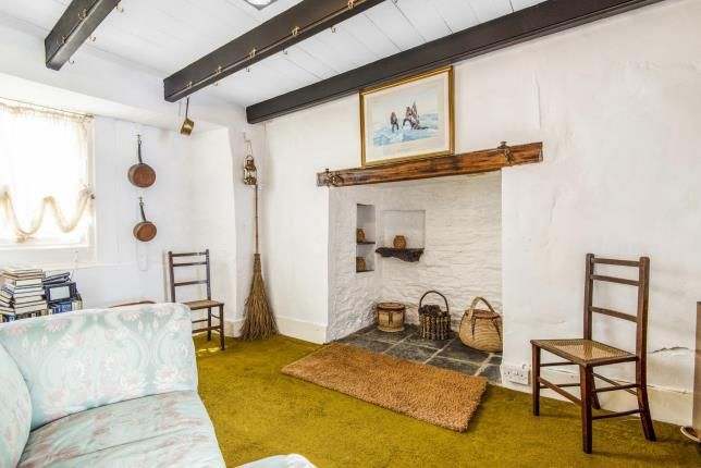 Inglenook of St. Mawes, Truro, Cornwall TR2