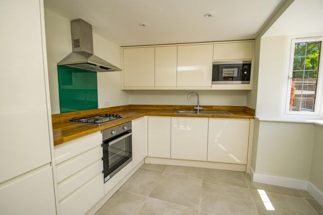 Kitchen of Icknield Cottages, High Street, Streatley, Reading RG8