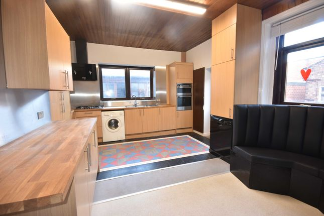Thumbnail Town house to rent in Jesmond Road, Jesmond, Newastle Upon Tyne