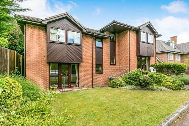 Thumbnail Flat for sale in Lightwater Road, Lightwater, Surrey