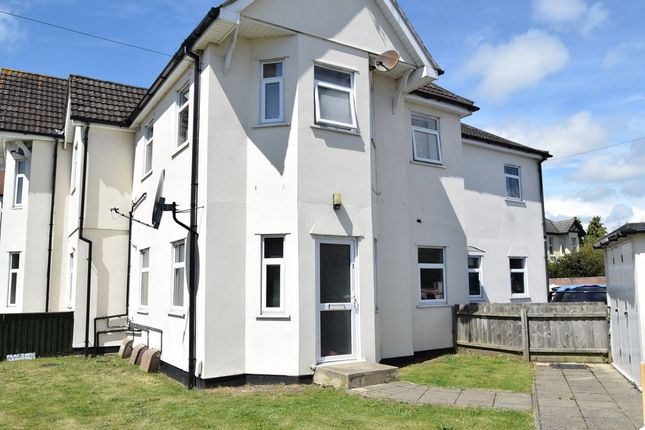 Thumbnail Flat to rent in Alexandra Road, Parkstone, Poole
