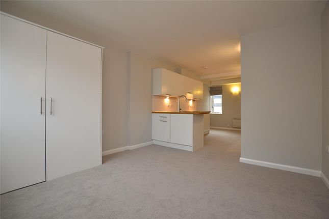 Thumbnail Flat to rent in 2 St. Aldate Street, Gloucester