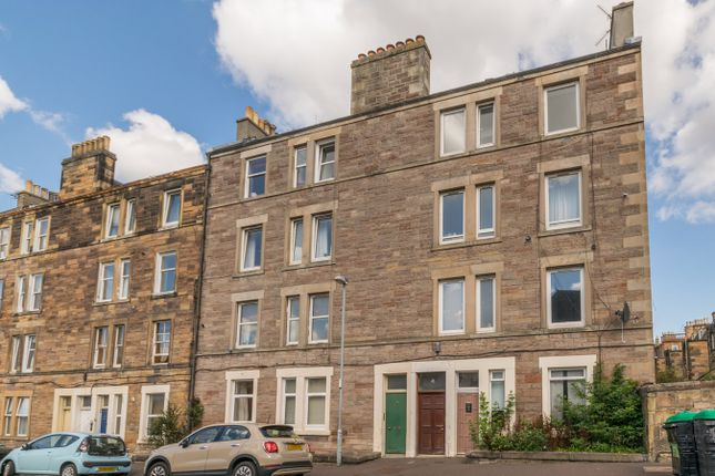 Thumbnail Flat for sale in Moat Terrace, Edinburgh