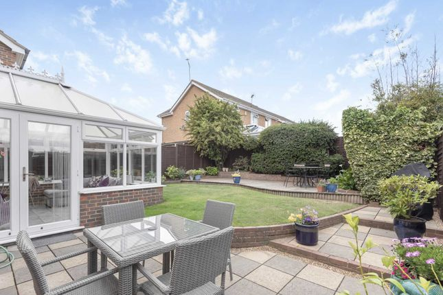Thumbnail Detached house for sale in The Hedgerows, Gravesend