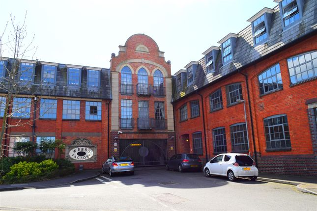 Thumbnail Flat for sale in Brockton Street, Northampton