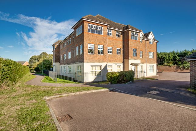 Thumbnail Flat for sale in Titchmarsh Close, Royston