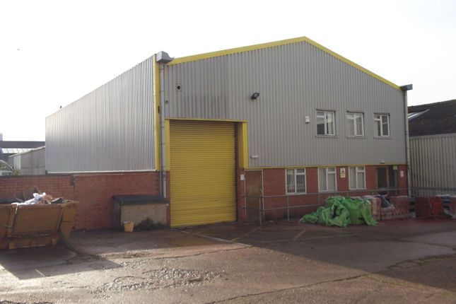 Commercial property to let in Masons Road, Stratford Upon Avon, Warwickshire