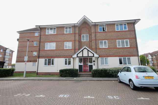Thumbnail Flat to rent in Chandlers Drive, Erith