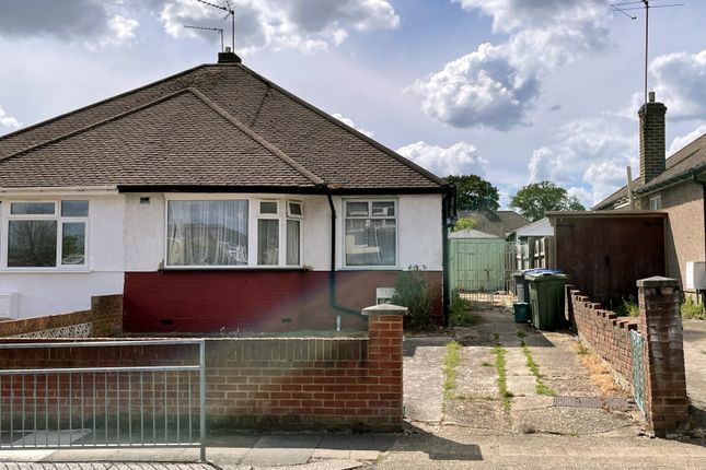 2 bed bungalow for sale in Linthorpe Avenue, Wembley HA0