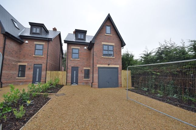 Thumbnail Detached house to rent in Lostock Hall Road, Poynton, Stockport