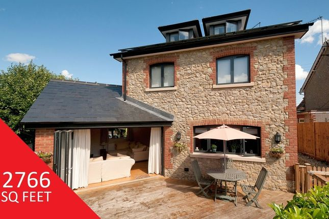 Thumbnail Detached house for sale in East Street, Addington, West Malling
