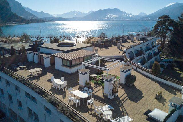Annecy le vieux annecy le vieux france 3 bedroom villa for Garage annecy le vieux