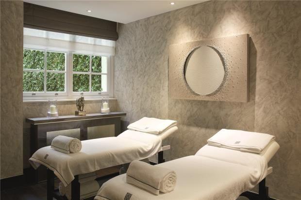 Treatment Room of Chester Square, Belgravia, London SW1W