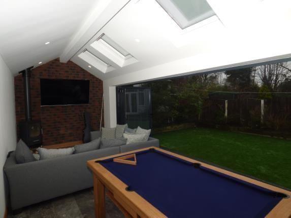 Summer House Garden Room