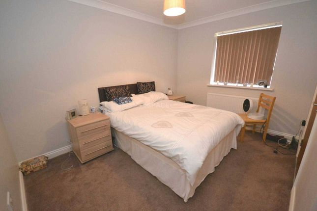 Thumbnail Flat to rent in Cotehouse, Wokingham Road, Earley, Reading, Berkshire