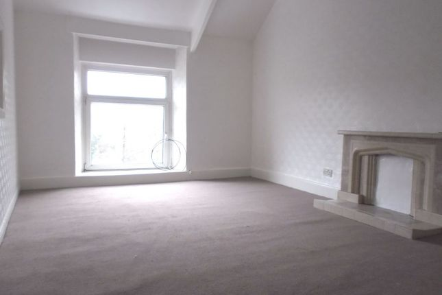 Thumbnail Flat to rent in 12 Gwyns Place, Pontardawe, Swansea, West Glamorgan
