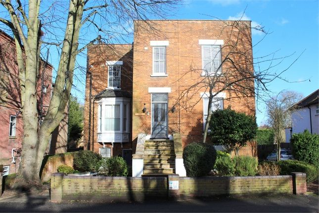 Thumbnail Flat to rent in Prospect Road, St Albans, Hertfordshire