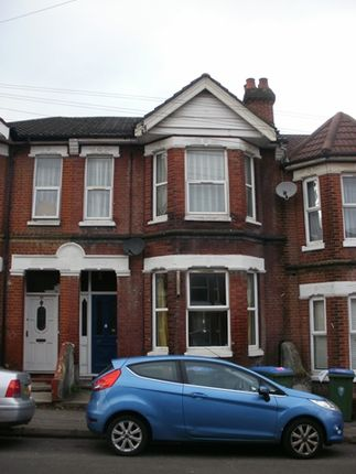 7 bed terraced house to rent in Tennyson Road, Portswood, Southampton