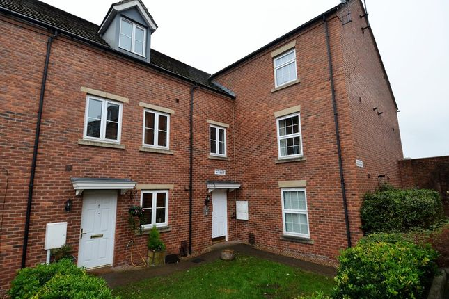 Thumbnail Flat to rent in Macmillan Mews, Old Road, Chesterfield