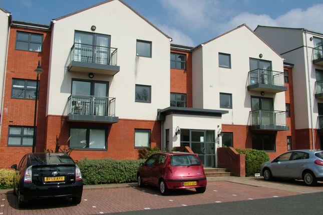 Thumbnail Flat to rent in Penn Road, Penn, Wolverhampton
